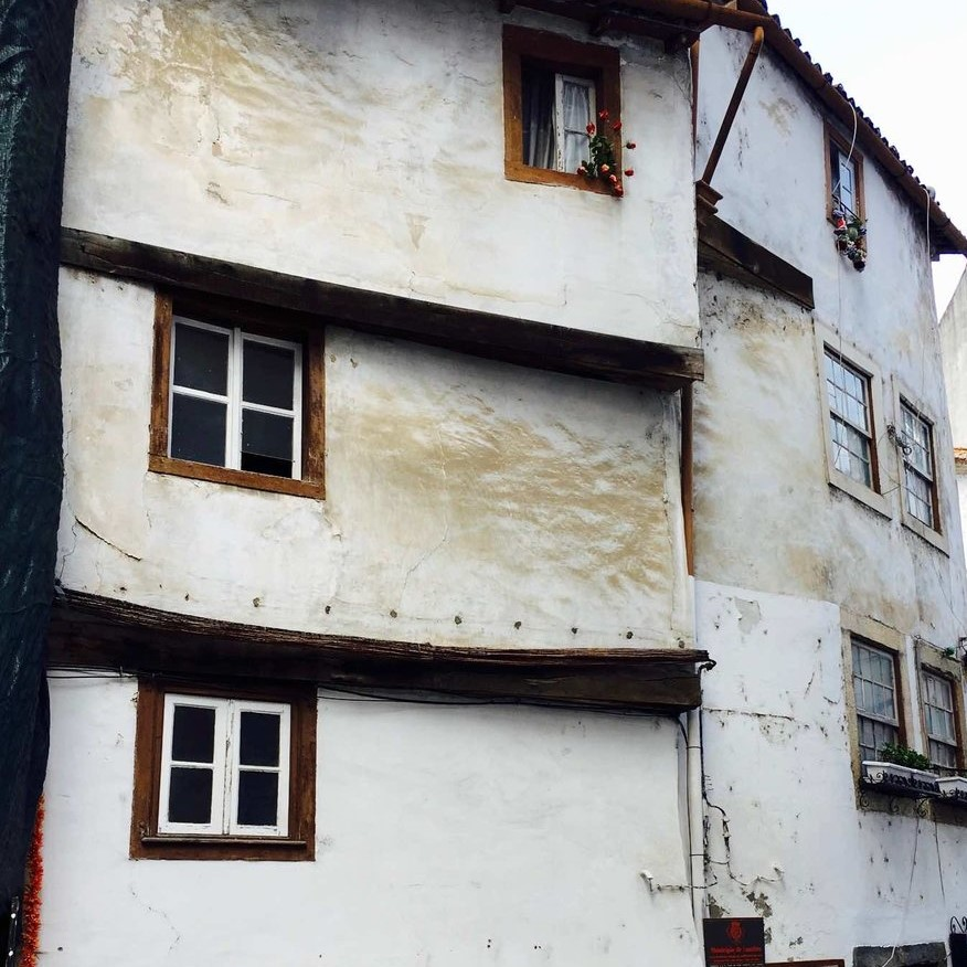 medieval house coimbra